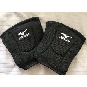Mizuno//Volleyball Knee Pads